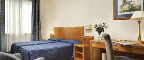 Twin Room with Disability Access Grand Hotel Mediterraneo Firenze