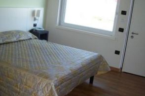 Hotel Giglio - Twin Room with Disability Access