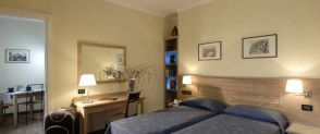 Family Room with Private Bathroom Hotel Poggio Regillo Frascati