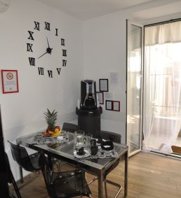 Flatinrome Trastevere Complex - Accessible Large Room Roma